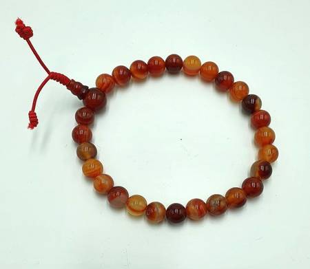 Mala 27 - red agate 8 mm